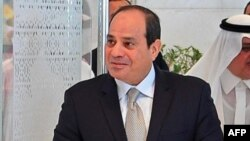 Le président égyptien Abdel Fattah al-Sisi au Site Neom près de Maqnah, au nord-ouest de l'Arabie Saoudite, le 14 août 2018.