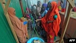 Banyak warga Somalia yang tergantung dari kiriman uang remitansi dari kerabat mereka yang bekerja di luar negeri (foto: ilustrasi).