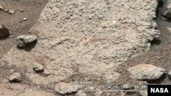 Imagen de la superficie rocosa de Marte tomada por el Curiosity.