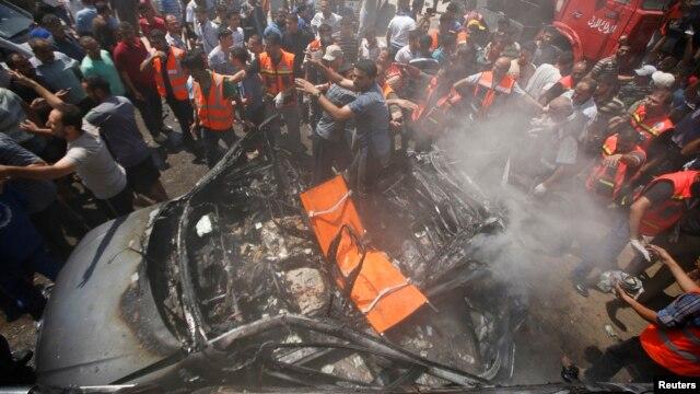 Quân đội Israel nói vụ oanh kích nhắm vào một chiếc xe hơi đã giết chết Mohammed al-Ghoul ở Thành phố Gaza, ngày 24 tháng 8, 2014.