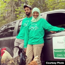 "Sakinah McDowell and Omari Grey pemilik ""Fitrah Farm"" (foto: courtesy)."
