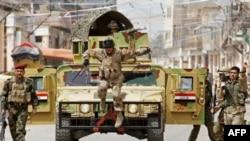 Tentara Irak melakukan patroli di Baghdad (foto: dok). Serangan bom mobil di Baghdad menewaskan 22 orang, Kamis 18/4.