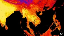 This image released by NASA's Earth Observatory Team from data collected by the Moderate Resolution Imaging Spectroradiometer (MODIS)- Temperaturas son las más cálidas en 120.000 años