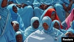 Wanawake wakihudhuria sherehe za uhuru wa Somalia mjini Mogadishu, Julai 1, 2012