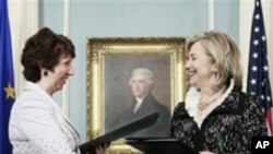 유럽연합 애쉬턴 외교안보정책 고위대표와 회담을 가진 클린턴 미 국무장관