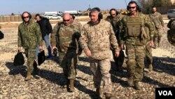 Генералот Мекензи во Сирија