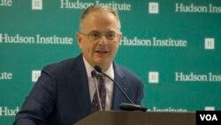 کن وینستاین، مدیر اندیشکده هادسون
