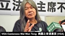 被法庭取消資格的香港前立法會議員梁國雄 (攝影:美國之音湯惠芸)