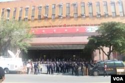 台北地方检察署门前的警察