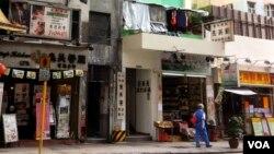 Sammy's Kitchen restaurant in Hong Kong (Photo: Steve Herman / VOA)