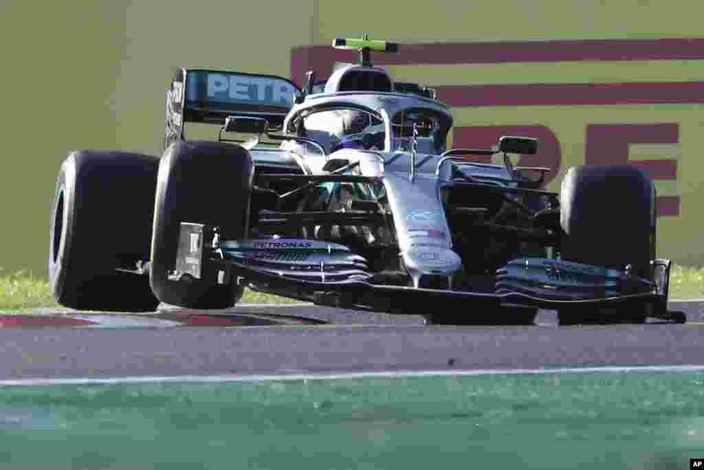 این ماشین تیم بنز در مسابقات فرمول یک ژاپن است که رانندگی آن برعهده والتری بوتاس راننده فنلاندی بود و قهرمان شد.