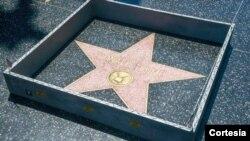 La acción sobre la estrella de Trump en Hollywood sucedió el mismo día en el que magnate fue elegido oficialmente candidato republicano a la Presidencia de Estados Unidos.