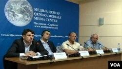 Debata u Medija Centru o izlasku Srba na izbore 3. novembra. 17. juli, 2013.