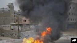 کراچی میں کشیدگی کم کرنے کی کوششیں جاری