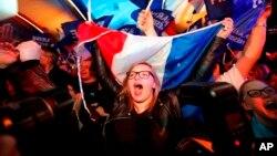 Los 47 millones de franceses con derecho a voto podían elegir entre 11 aspirantes en la elección más impredecible en décadas.
