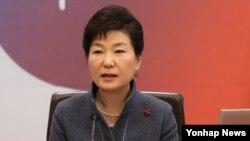 پارک گئون هی، رئیس جمهوری کره جنوبی اردیبهشت به ایران می رود.