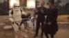 """رقص اوباما با ربات های """"جنگ ستارگان"""" در کاخ سفید"""