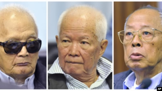 Former Khmer Rouge second-in-command Nuon Chea, former President Khieu Samphan and former Foreign Minister Ieng Sary (L-R) attend their trial at the Extraordinary Chambers in the Courts of Cambodia (ECCC) on the outskirts of Phnom Penh, November 21, 2011.