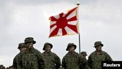 日本陸上自衛隊2018年4月7日成立水陸機動團(路透社)