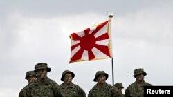 日本陆上自卫队2018年4月7日成立水陆机动团(路透社)