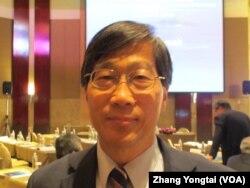 台湾政治大学国际关系研究中心主任丁树范(美国之音张永泰拍摄)