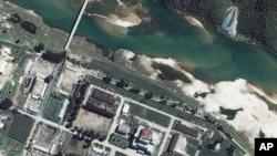 Foto satelit fasilitas nuklir Korea Utara di Yongbyon (foto: dok). Pyongyang mengatakan sejak awal tidak punya rencana untuk sebuah uji coba nuklir.
