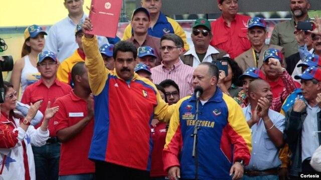 Maestros venezolanos rechazan sanciones de EE.UU.