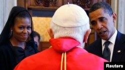 Президент США Барак Обама и его супруга Мишель встречались с Папой Бенедиктом XVI. Ватикан. 10 июля 2009 г.