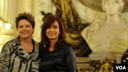 La presidenta Cristina Fernández recibe a su par de Brasil, Dilma Rousseff.