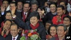 ေတာင္ကိုရီးယားသမၼသစ္ျဖစ္လာမယ့္ Park Geun-Hye