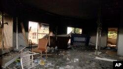 Приміщення консульства в Бенгазі після атаки терористів (12 вересня 2012)