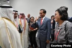 Menkeu Sri Mulyani dan Menlu Retno Marsudi mendampingi Presiden Joko Widodo bertemu delegasi Arab Saudi dalam acara KTT G20 di Osaka, Jepang hari Jumat 28 Juni 2019 (foto: Setpres RI).