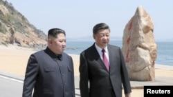 中国国家主席习近平5月7日到5月8日和朝鲜领导人金正恩在中国辽宁大连举行会晤。(2018年5月8日)