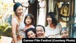 فیلم سارقان مغازه، از کارگردان ژاپنی هیروکازو کوئدا، برنده جایزه نخل طلائی جشنواره کن ۲۰۱۸