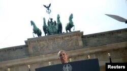 El dicurso de Obama ante la Puerta de Brandemburgo marcó el inicio de las celebraciones por los 50 años del discurso del presidente Kennedy.