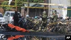Cảnh sát tại hiện trường vụ tấn công hôm 13/5.