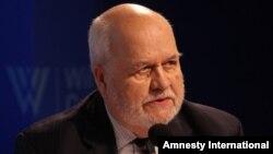 Richard Maylz, iste'fodagi diplomat, Turkmanistonda ham elchilik qilgan