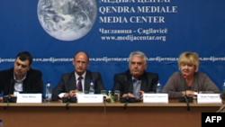 Shqiptarë e serbë kundër ndarjes së Kosovës