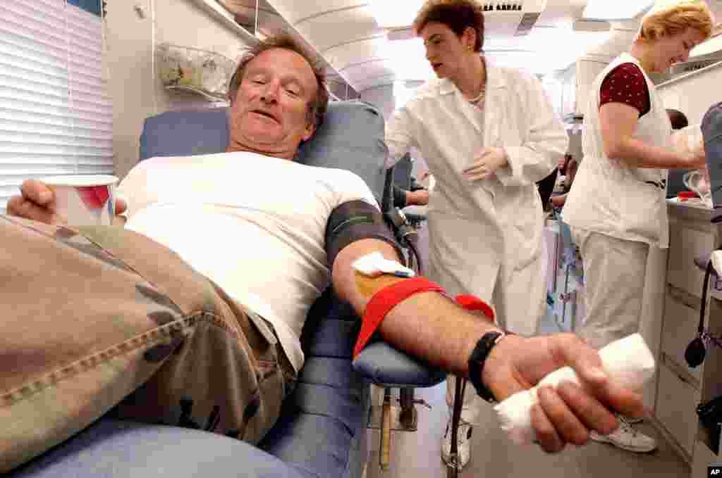 Williams dona sangre en 2001 para las víctimas de los ataques terroristas del 11 de septiembre