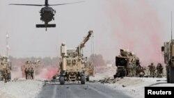 Pasukan AS melakukan patroli di Kandahar, Afghanistan (foto: dok).