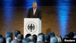 독일 최고 정보기관 연방정보국(BND)의 브루노 칼 국장이 28일 베를린에서 열린 BND 창립 60주년 기념행사에서 연설하고 있다.