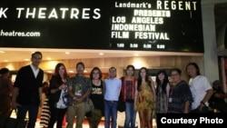 Los Angeles Indonesian Film Festival baru-baru ini dihadiri oleh artis dan sineas Indonesia (ki-ka: Edwin Nazir (produser film 9 Summers 10 Autums), Pheren Soepadhi III (panitia), Tino Saroengallo (sineas), Melany Lintuuran (panitia), Lukman Sardi, Prisia Nasution, Wulan Guritno, Siera Tamihardja (panitia), Endah Redjeki (panitia), Roland Wiryawan (sineas/panitia).