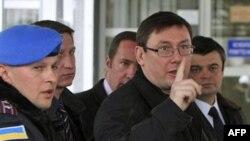 Луценко прагне прийти на власний суд