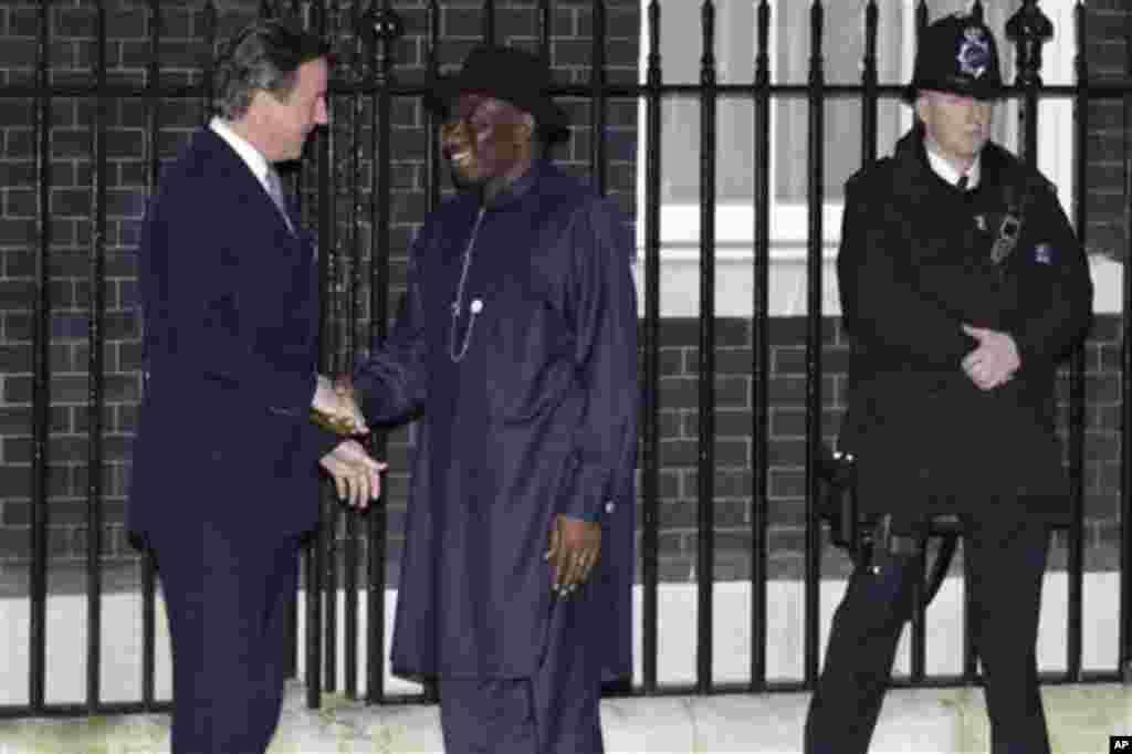 Shugaban Najeriya Goodluck Jonathan da PM Ingila David Cameron, London, 22 Fabrairu 2012