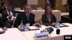 OPEC prezidenti, Venesuelanın neft naziri və Dövlət Neft Şirkətinin prezidenti Manuel Kevedo Fernandes