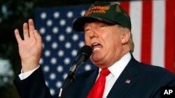 Donald Trump ha criticado duramente la política de Hillary Clinton sobre Siria.