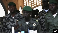 Mali's junta leader Captain Amadou Sanogo speaks during a news conference at his headquarters in Kati, April 3, 2012.