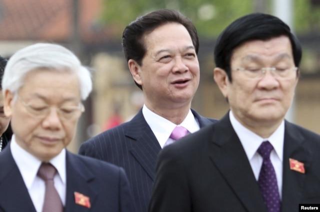 """Mặc dù đứng ở vị trí thứ ba hệ thống """"ngôi thứ"""" của bộ máy, nhưng ông Tấn Dũng vẫn được đánh giá là nhân vật quyền lực nhất Việt Nam nhiều năm qua."""