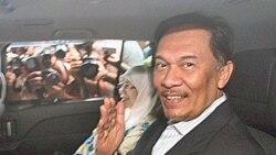 محاکمه رهبر مخالفان دولت مالزی به اتهام همجنسگرایی