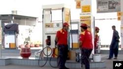 ایندھن کی قیمتوں میں اضافے پر حکومت ہدف تنقید
